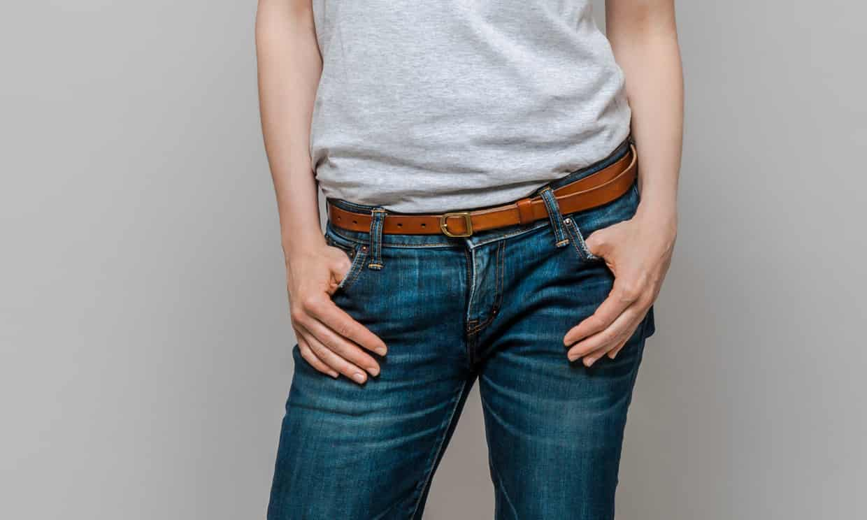 When It Comes to Women's Pockets, Size Really Does Matter