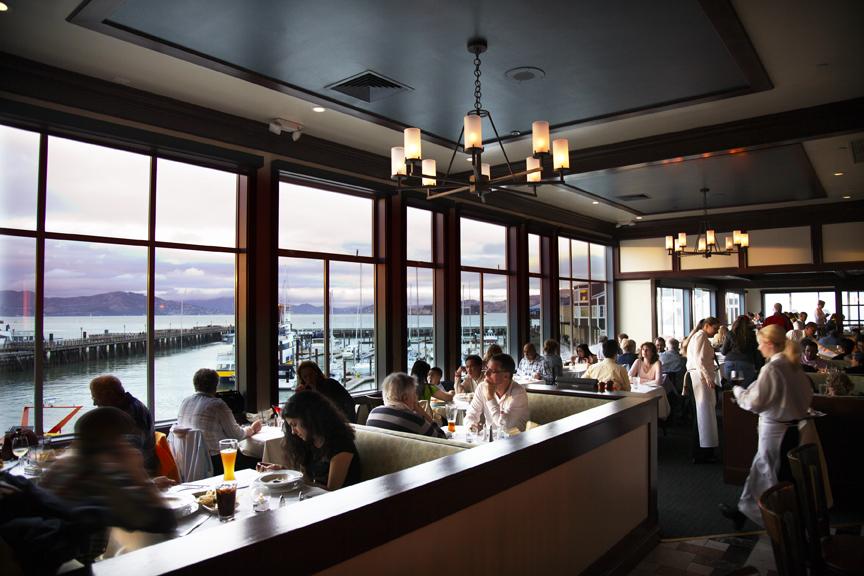 FH_Diningroom_View_H_HR_ff.jpg