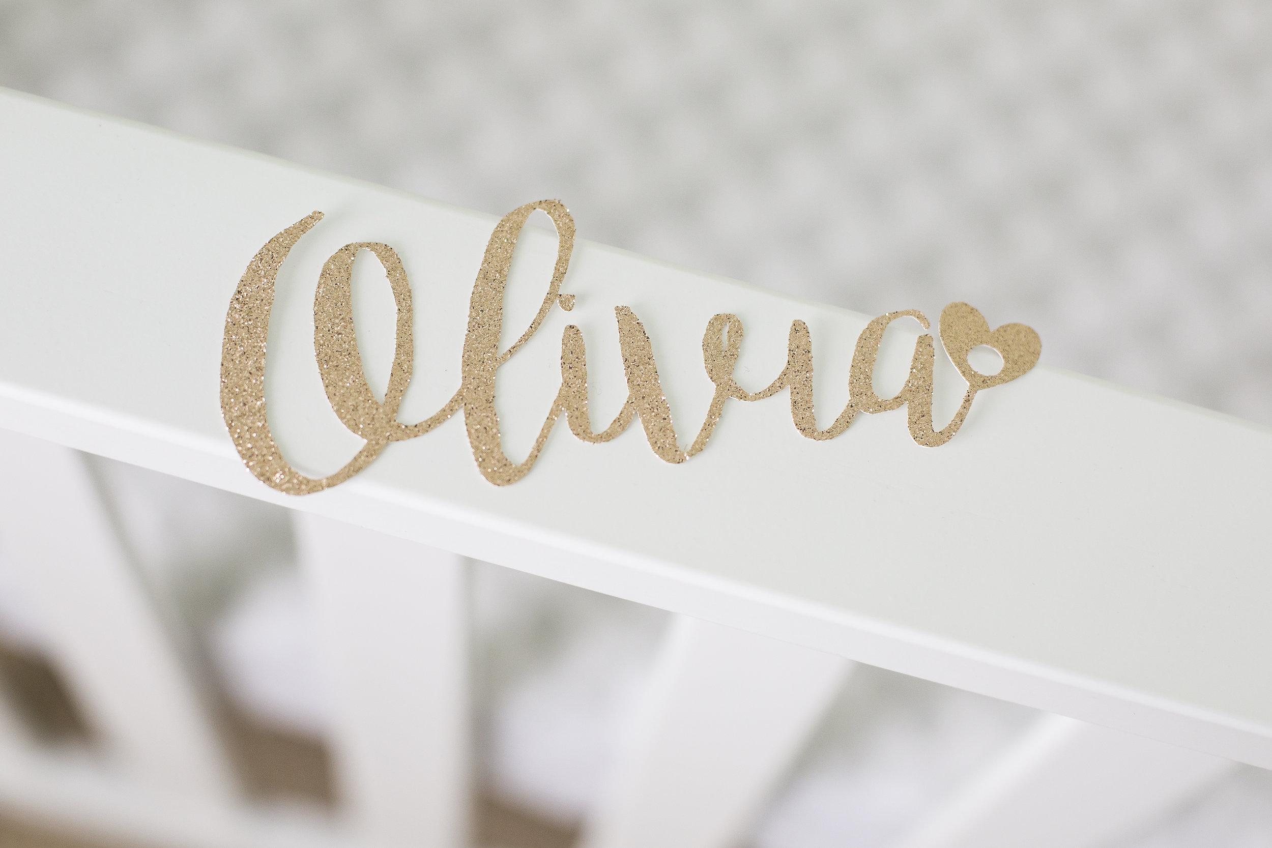 Olivia-10.jpg