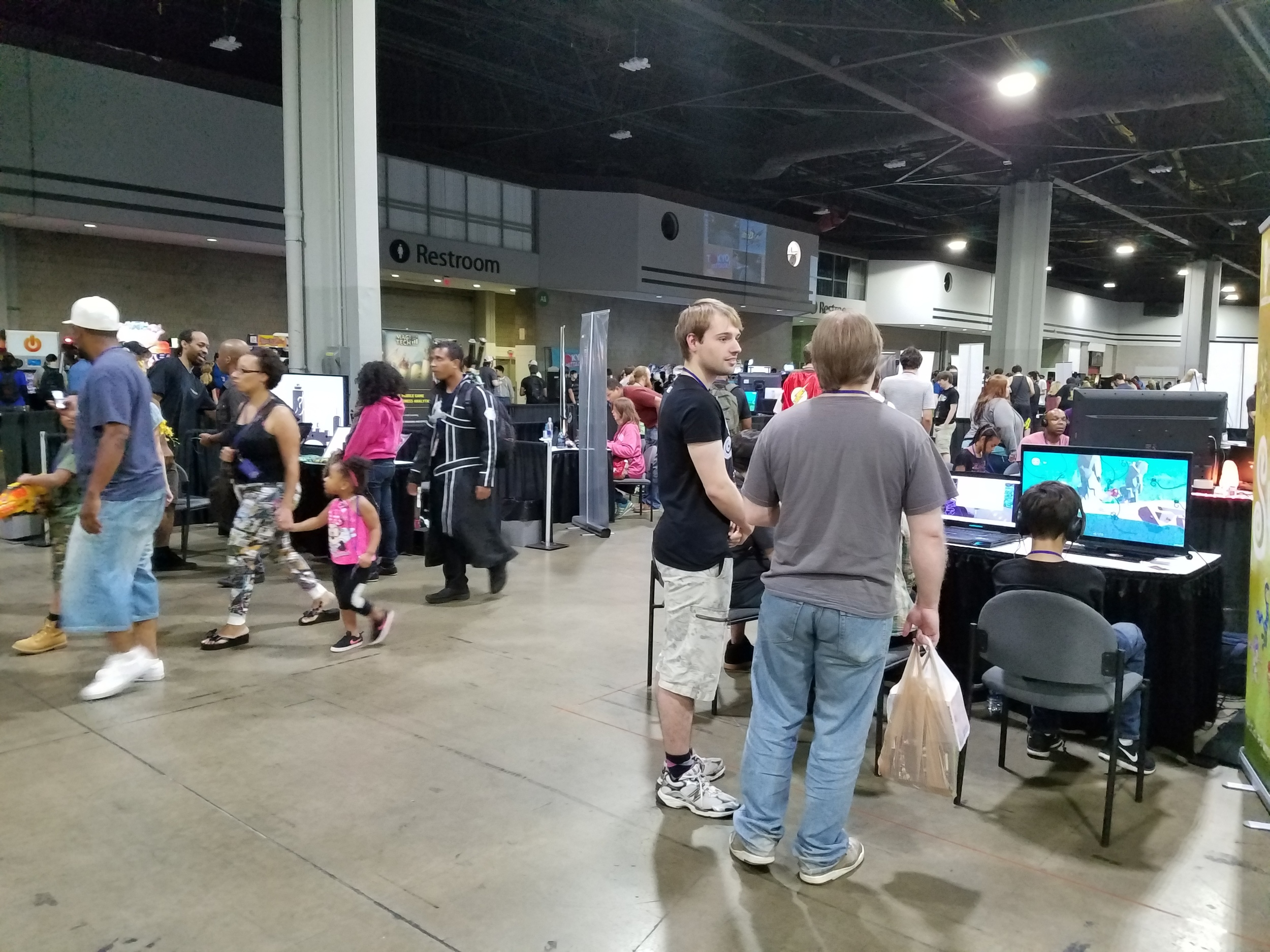 LOTS OF GAMING. There were arcade games to the left, indie games in the middle, and console games (not shown) on the right, as well as tabletop gaming (not shown) in the back on the right.