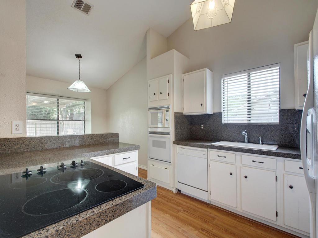 1602 E Messick Loop-MLS_Size-015-9-Family Kitchen Dining 263-1024x768-72dpi.jpg