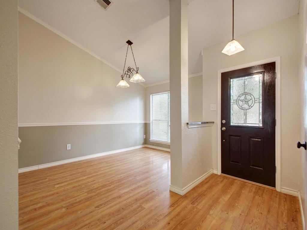 1602 E Messick Loop-MLS_Size-016-17-Foyer Hall 806-1024x768-72dpi.jpg