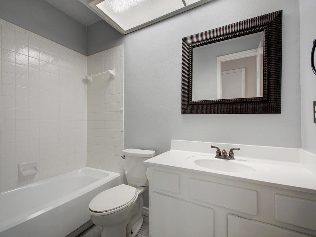 1602 E Messick Loop-MLS_Size-023-12-Other Beds and Baths 700-1024x768-72dpi.jpg