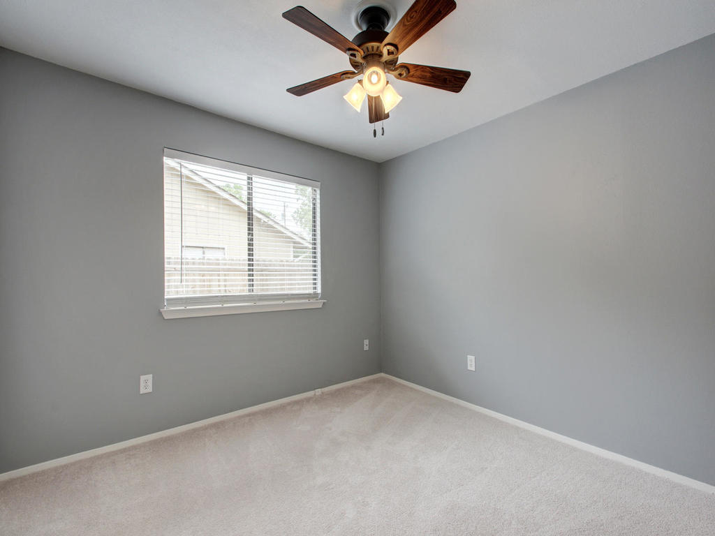 1602 E Messick Loop-MLS_Size-024-28-Other Beds and Baths 701-1024x768-72dpi.jpg
