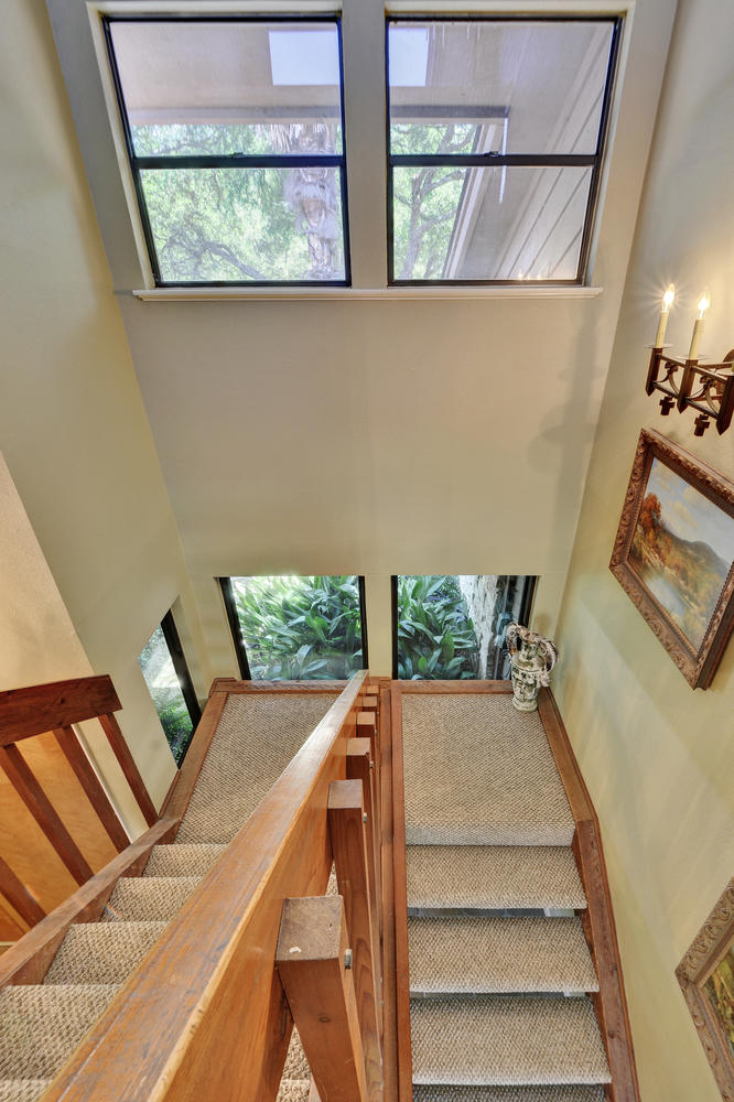803 Penny Ln-large-032-32-Stairway 718-667x1000-72dpi.jpg