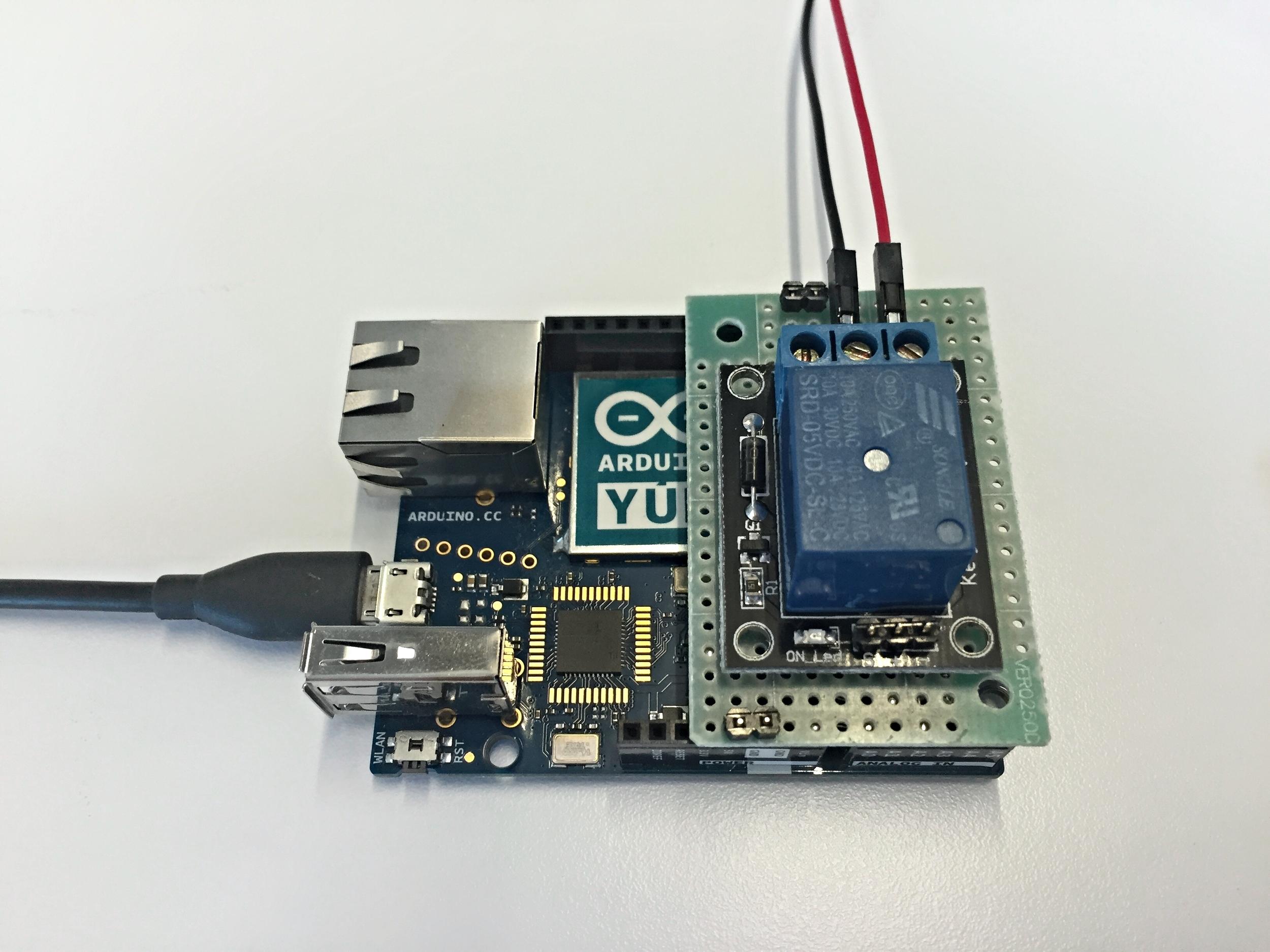 The coffee machine is powered by an Arduino Yún via a 5V relay module.
