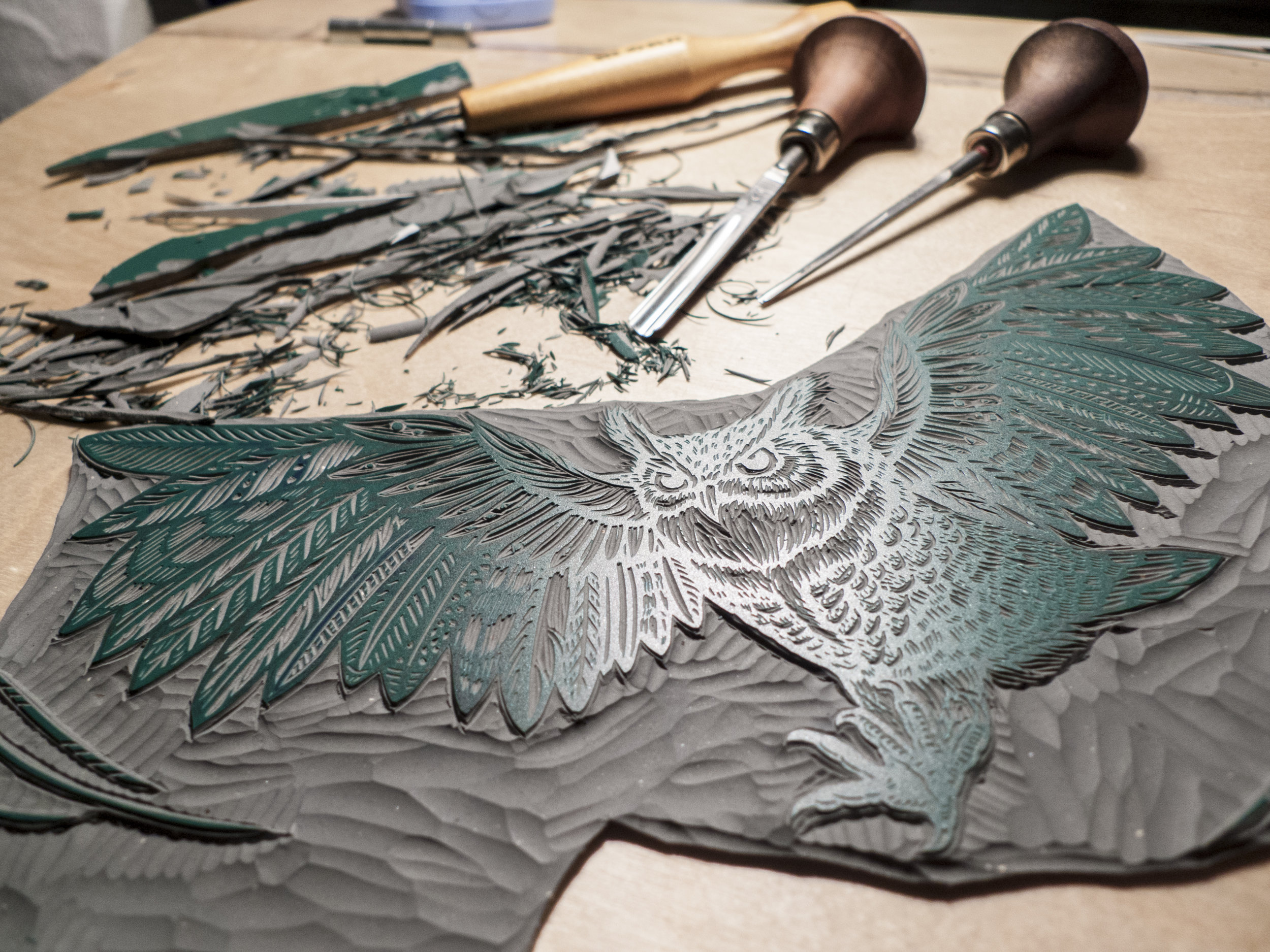 great-horned-owl-linocut-tian-gan-carving.jpg