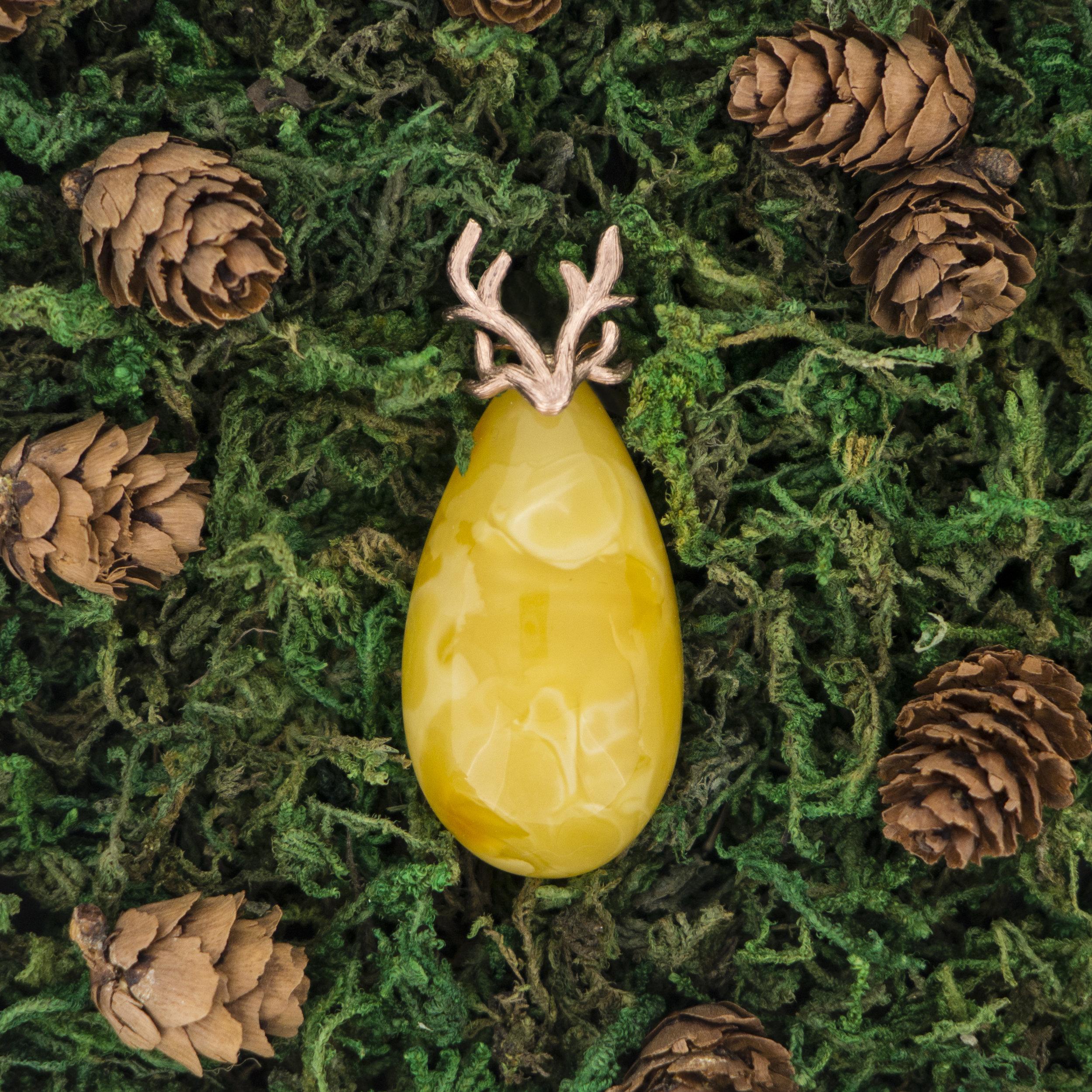 "Fred Green   The following is placeholder text known as ""lorem ipsum,"" which is scrambled Latin used by designers to mimic real copy. Donec eget risus diam. Nulla lectus ante, consequat et ex eget, feugiat tincidunt metus. Lorem ipsum dolor sit amet, consectetur adipiscing elit. Sed a ligula quis sapien lacinia egestas."
