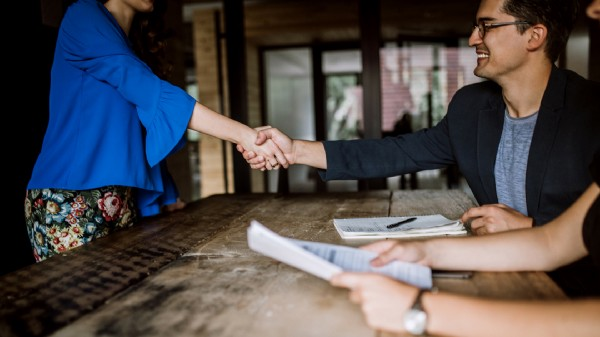 Impress Your Interviewer: Top 5 Questions to Ask in an Interview - In an interview, there are a few red flags that most employers look for. Not asking any questions of your interviewer might ring the alarm bells. Find out what to ask and how to make your questions count.Read More...