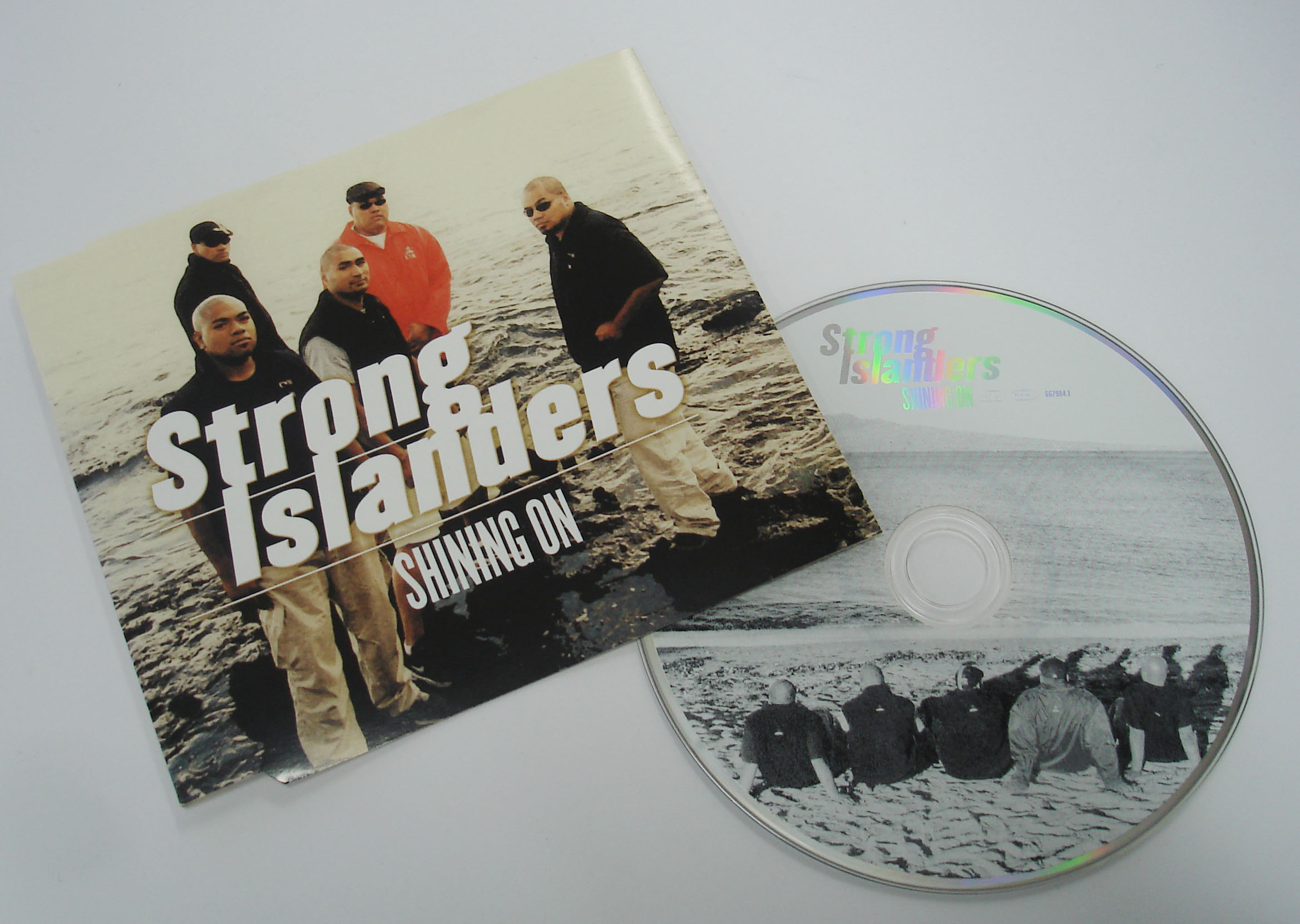 STRONG ISLANDERS - SHINING ON - SINGLE