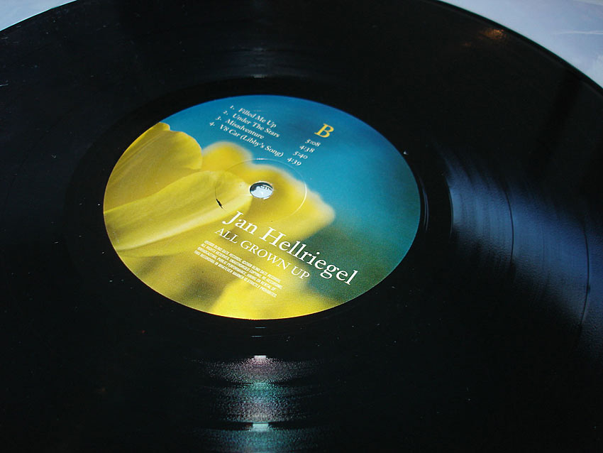 JAN HELLRIEGEL - ALL GROWN UP - ALBUM