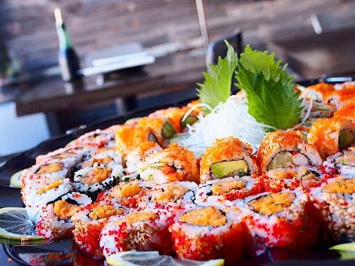 Let's go sushi tasting on the couch this weekend. 🍣🤤 #sushisunday #partytray • • • • • • #tastesbetterhere #eatingfortheinsta #eatfamous #sushigram #sushiart  #f52grams #igerschicago #foodiechats #nomchicago #theartofplating #foodstarz #chefstalk #fabfoodchicago #thekitchen #foodfeast #alwayshungrychi #topchicagorestaurants #thrillist #hertastylife #eattheworld #foodandwine #chicagobucketlist #dametravelerfoodie #midwestbloggers