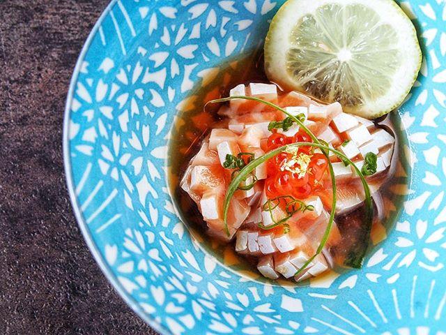 Salmon to Die For... Fatty Salmon served with Yuzu Ponzu Sauce. Special only this weekend. • • • • #tastesbetterhere #eatingfortheinsta #eatfamous #sushigram #sushiart  #f52grams #igerschicago #foodiechats #nomchicago #theartofplating #foodstarz #chefstalk #fabfoodchicago #thekitchen #foodfeast #alwayshungrychi #topchicagorestaurants #thrillist #hertastylife #eattheworld #foodandwine #chicagobucketlist #dametravelerfoodie #midwestbloggers #calledtobecreative  #verilymoment #gatheredstyle #theeverydayproject