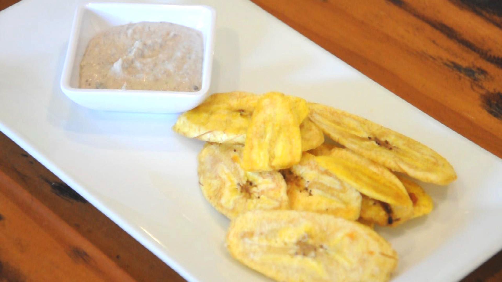 Black eyed pea hummus and plantain chips