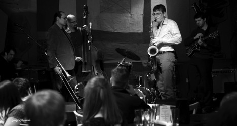 Mike Lee, Steve Torre, Oscar Perez, Charlie Siglar, and Matt Karn at HKC Jazz Jam.  Image: Gregory Burrus.