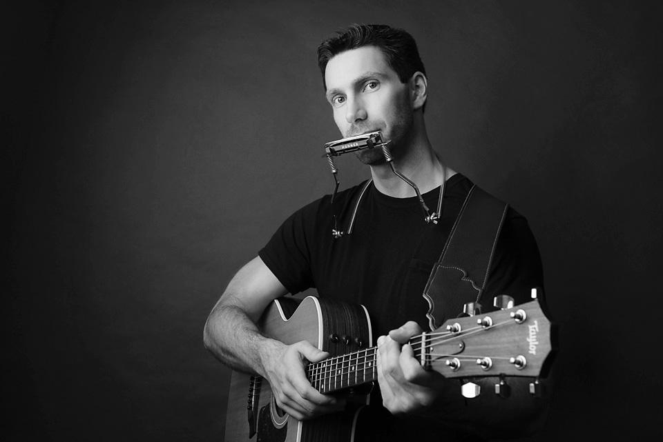 Scott Guitar_bw_web.jpg