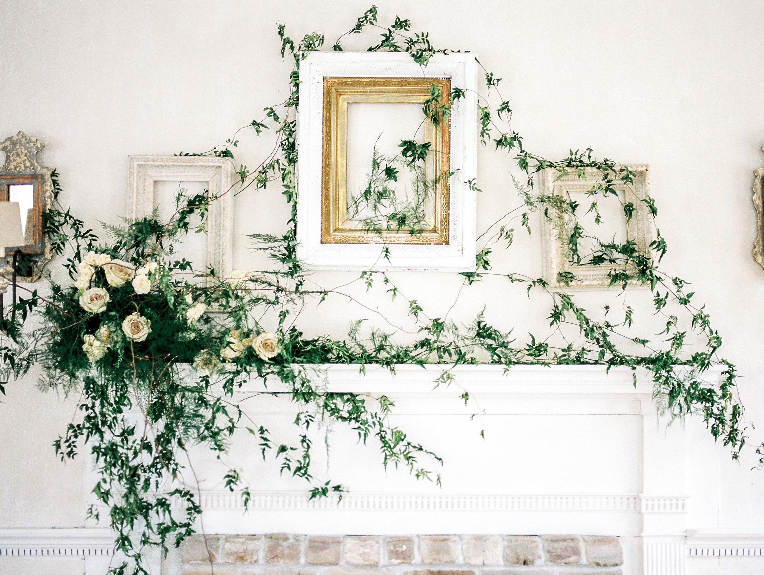 Photography: Lissa Ryan Photography | Planning: The Velvet Veil | Paper & Calligraphy: Spurlé Gul Studio | Florals: Le Fleur du Jour