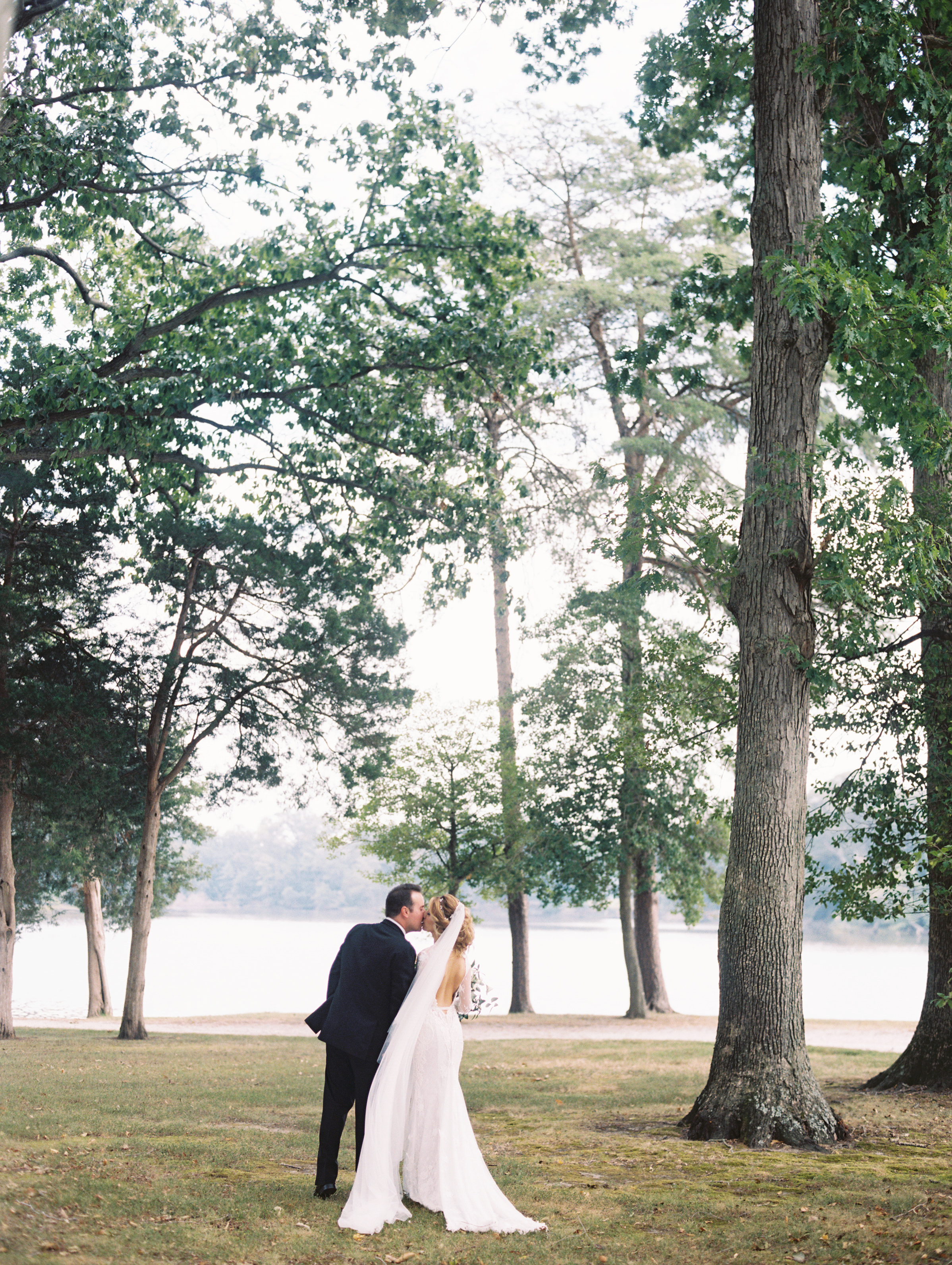 Photography: Lisa Ziesing with Abby Jiu Photography | Planning & Styling: Lauryn Prattes Styling and Events | Handmade Paper & Calligraphy: Spurlé Gul Studio | Gown: Berta Bridal