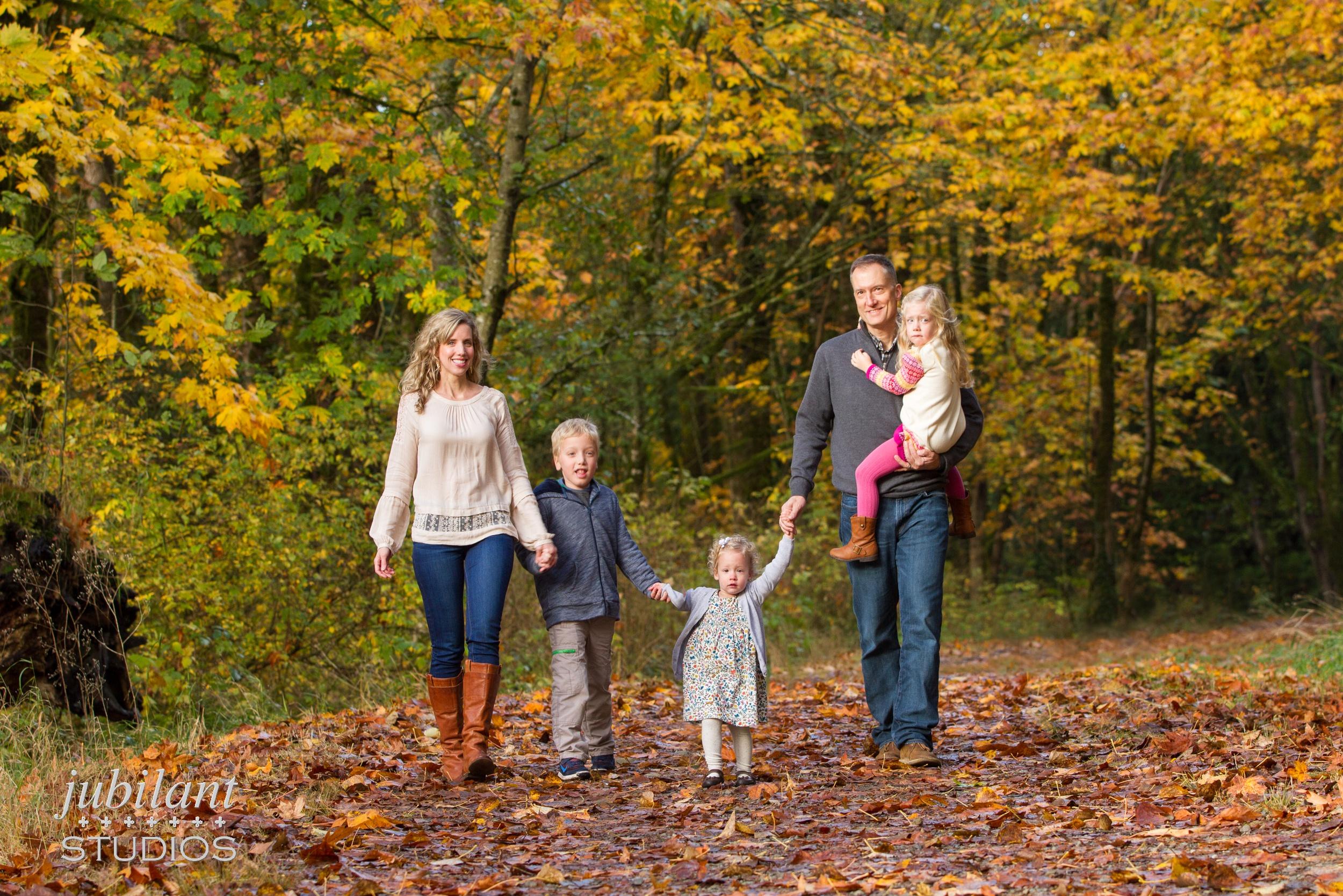Issaquah Fall Family Photo