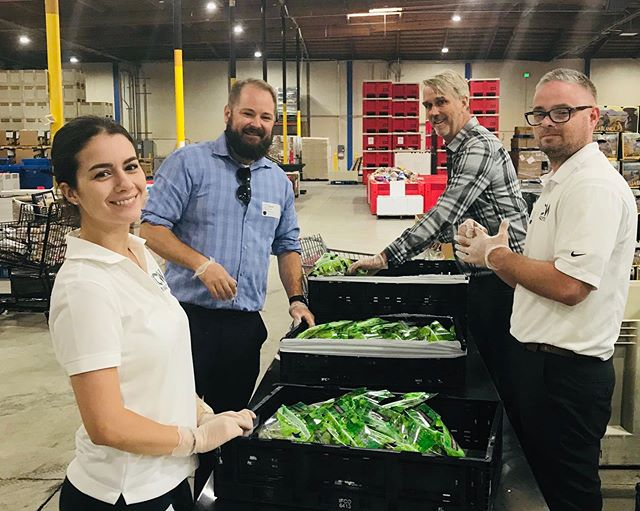 #flashbackfriday Our Oakland team had a great second visit to the Alameda County Community Food Bank. CW has been a longtime supporter of the #ACCFB, and since they'll soon be our next door neighbors (yes, we're moving!) we decided to step it up and start volunteering regularly. Some interesting facts about the ACCFB: 🍎 They serve 1 in 5 Alameda county residents - that's over 300,000 people! 🍎 They partner with over 200 member organizations to get millions of pounds of food to the food-insecure members of our community. 🍎 They offer a hotline for anyone who needs assistance getting food - 1-800-870-3663 This is an extremely worthy organization, and the CW family is so proud to support the ACCFB family! #endhunger #cwanalytical #cannabiscommunity #giveback #communityisourmiddlename #oakland#getinvolved#oaklandcannabiscommunity#flashbackfriday