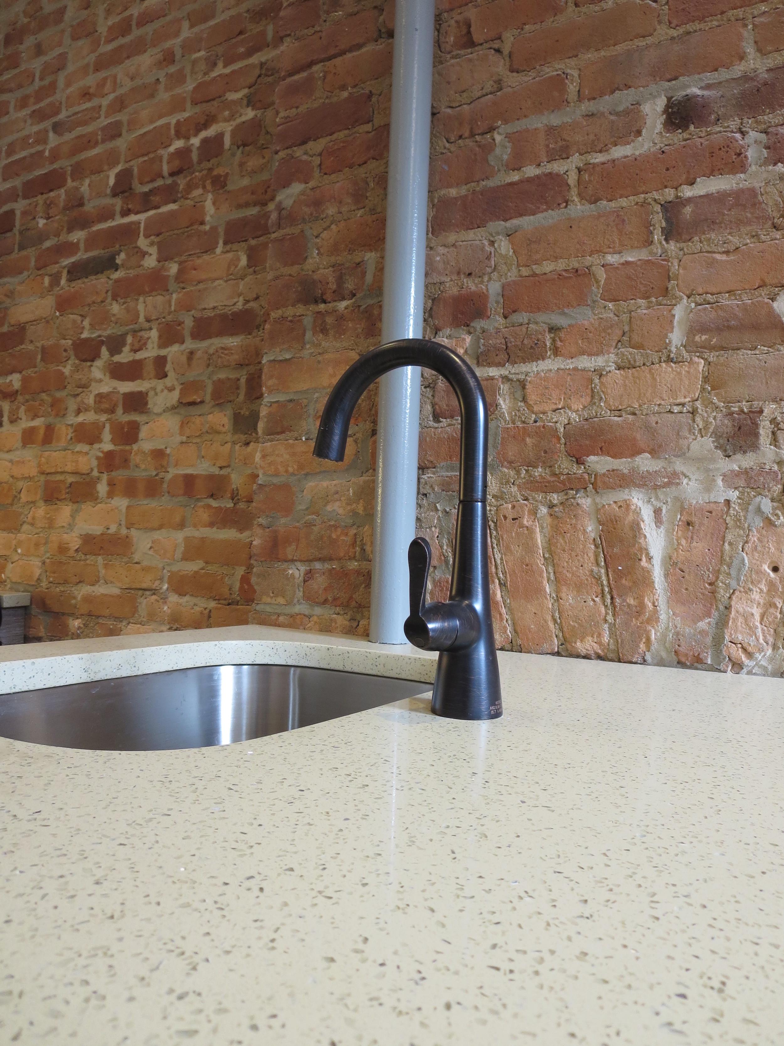 09_Kitchen.jpg