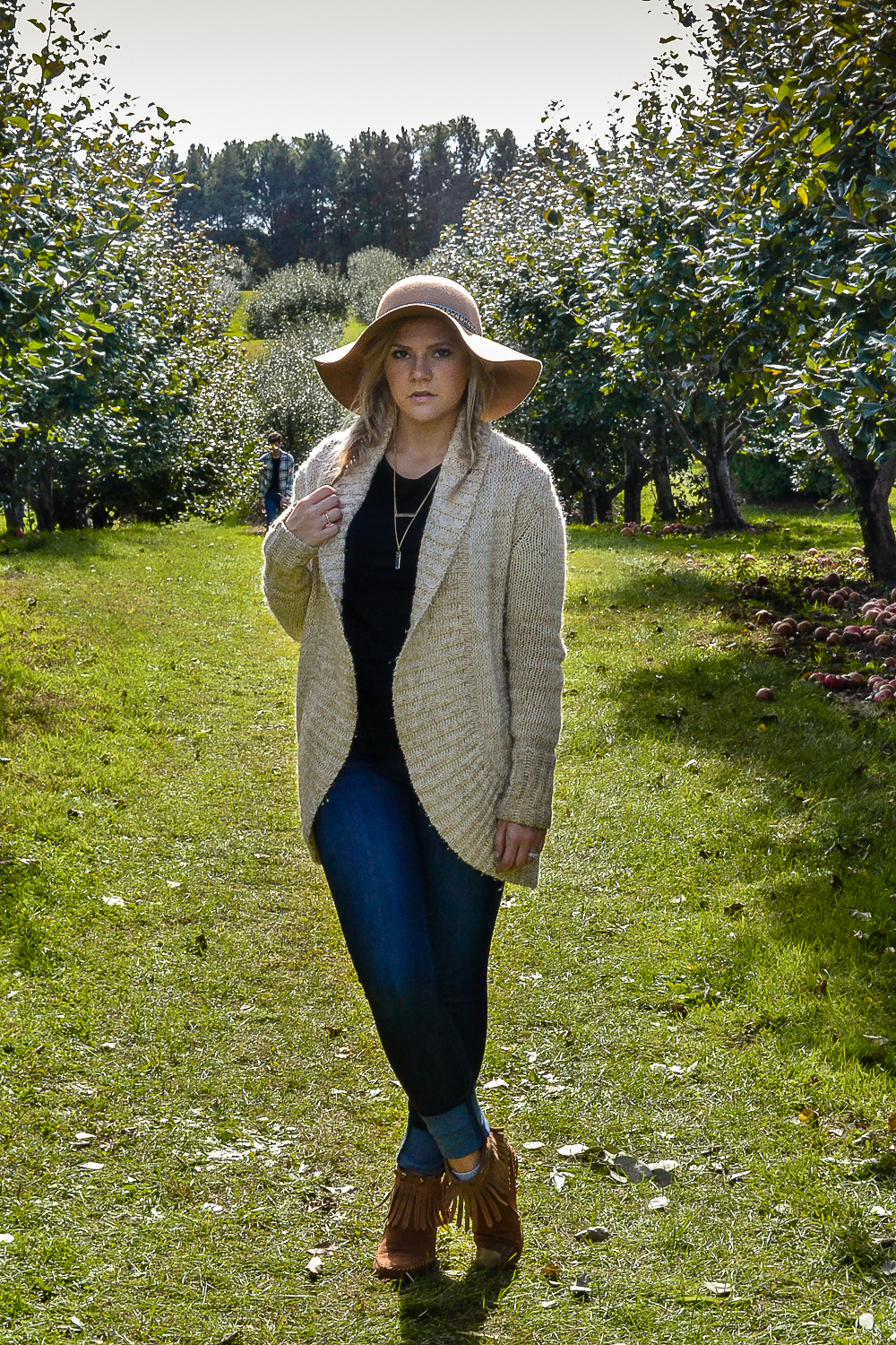 Outfits_Style Fashion_Style Blog_Floppy Hat_Tan Sweater.jpg