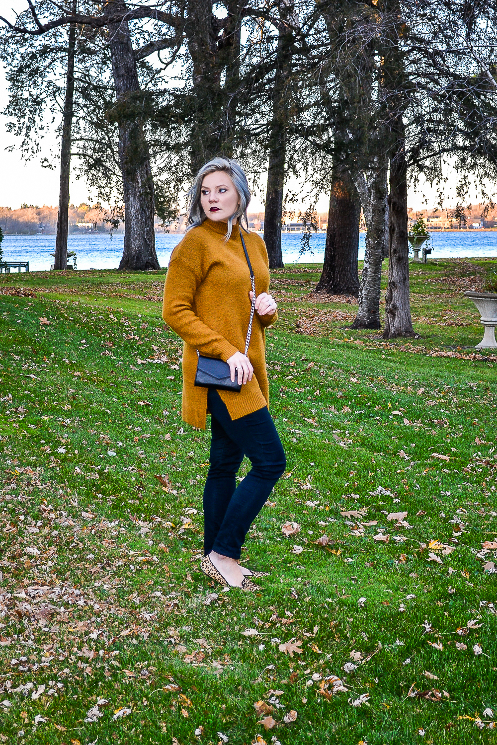 Outfits_Mustard Sweater-1.jpg