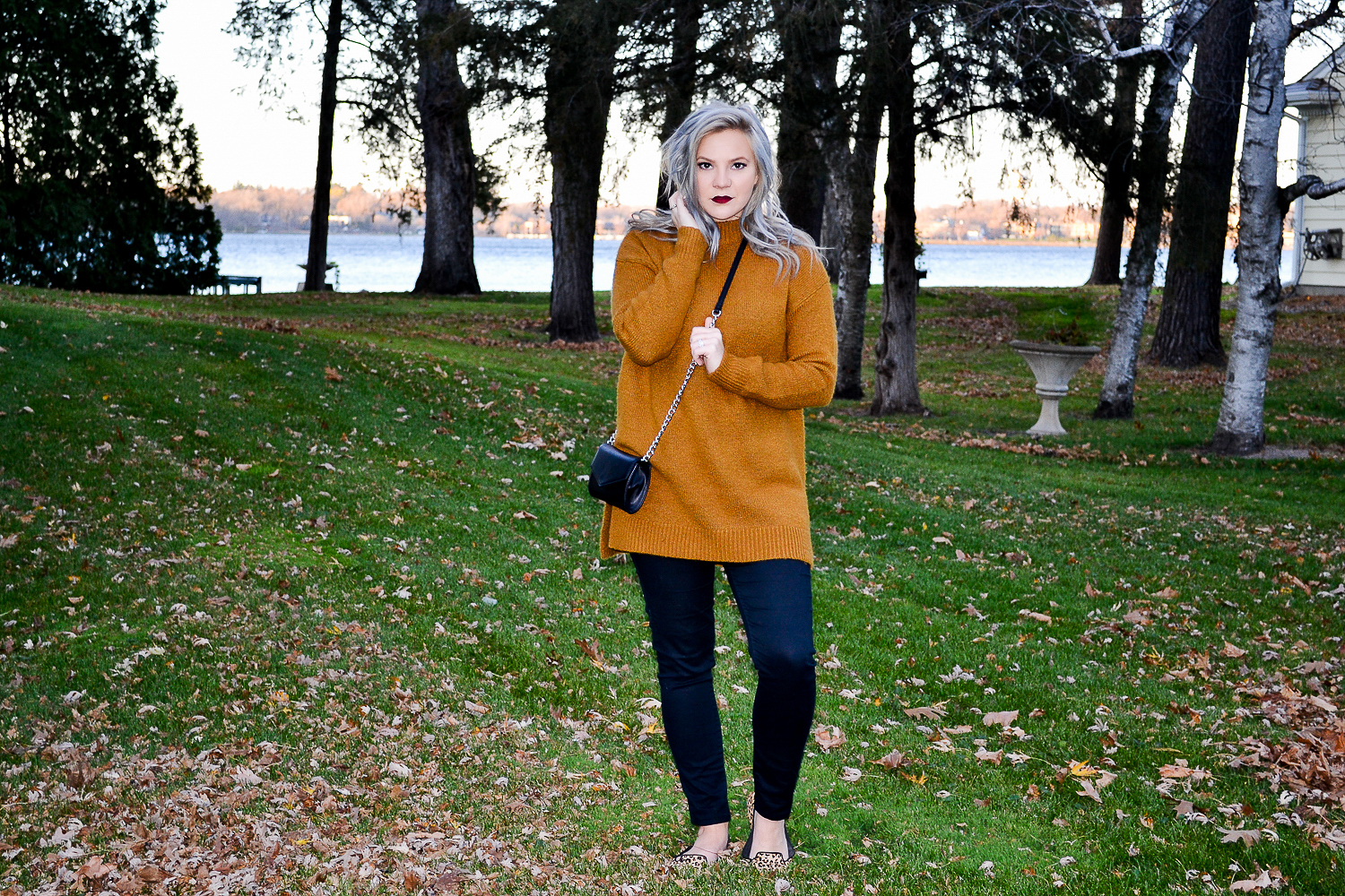 Outfits_Mustard Sweater-3.jpg
