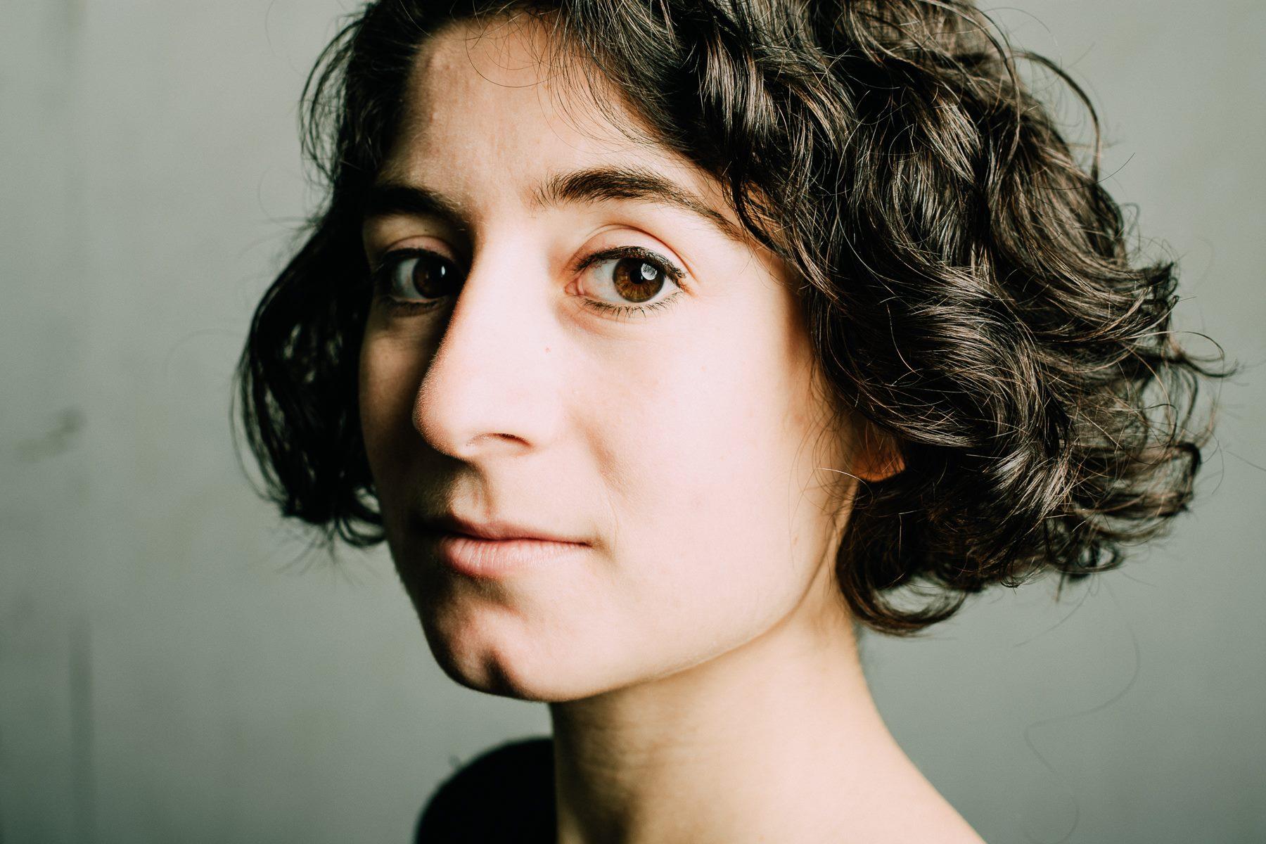 Victoria Negri New Headshot.jpg