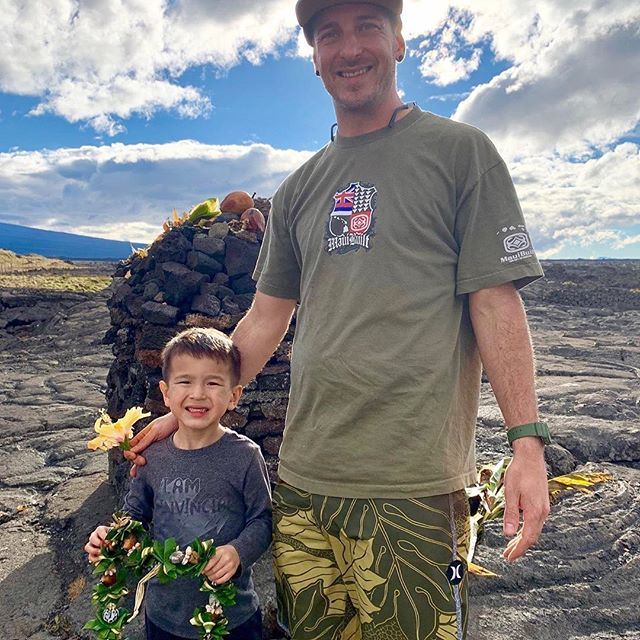 "Repost • chef @jordankeao :  We are fighting to protect our Mauna! Calling all Aloha 'Aina worriers to bring about awareness and defend!  Had to bring my son Kainoa to the base of Pu'u Huluhulu on our last trip to Big Island to teach him about giving thanks and showing respect to our Mauna. To native Hawaiians, Mauna Kea is a sacred space. We pray for everyone to stay safe.  Link in bio for video on more: ""50 years of mismanaging Mauna Kea""..... ——- _____  #protectmaunakea #mauna #hilo #bigisland #nokaoi #aina #imua #teachumyoung #kainoa #respect #pono #aloha #maunakea #hawaii #wearemaunakea"