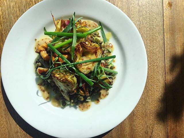 artichoke, le puy, chanterelle . . . #asheville #riverartsdistrict #food #foodporn #foodandwine #foodphotography #lefooding #lentils #artichoke #dinner #frenchfood #eat #eatstagram #eater