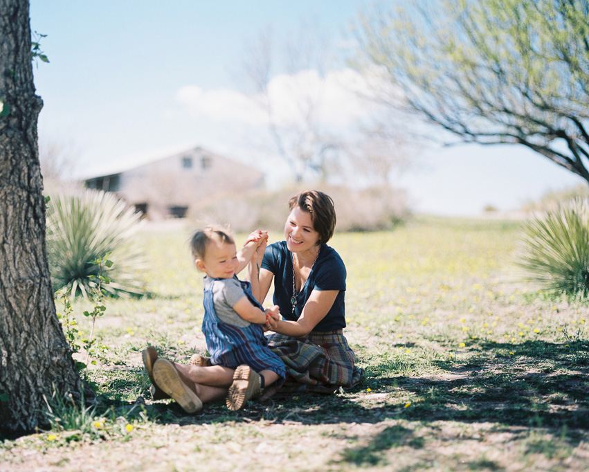 Little Bellows // Raleigh Family Photographer // ©Carrie Geddie