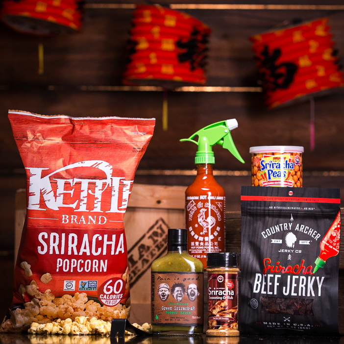 sri_super_spicy_sriracha_gifts_gifts_for_guys__83858.1452020787.702.702.jpg