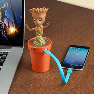jjpm_marvel_groot_usb_car_charger_desk.jpg
