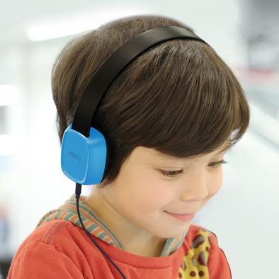 groovies-blue-with-kid-1500x1500_1500x.jpg