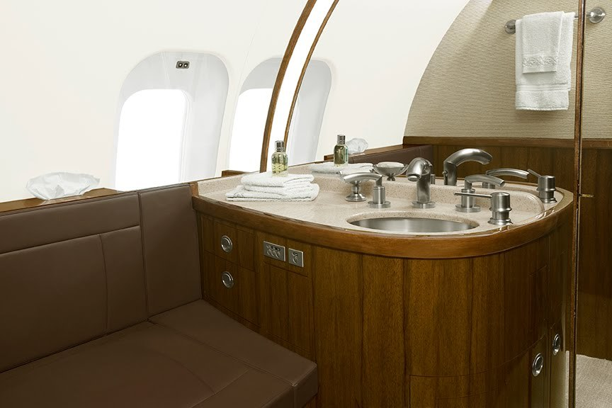 2009 Bombardier Global 5000 For Sale - Interior 4