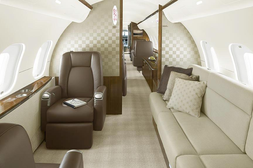 2009 Bombardier Global 5000 For Sale - Interior 5