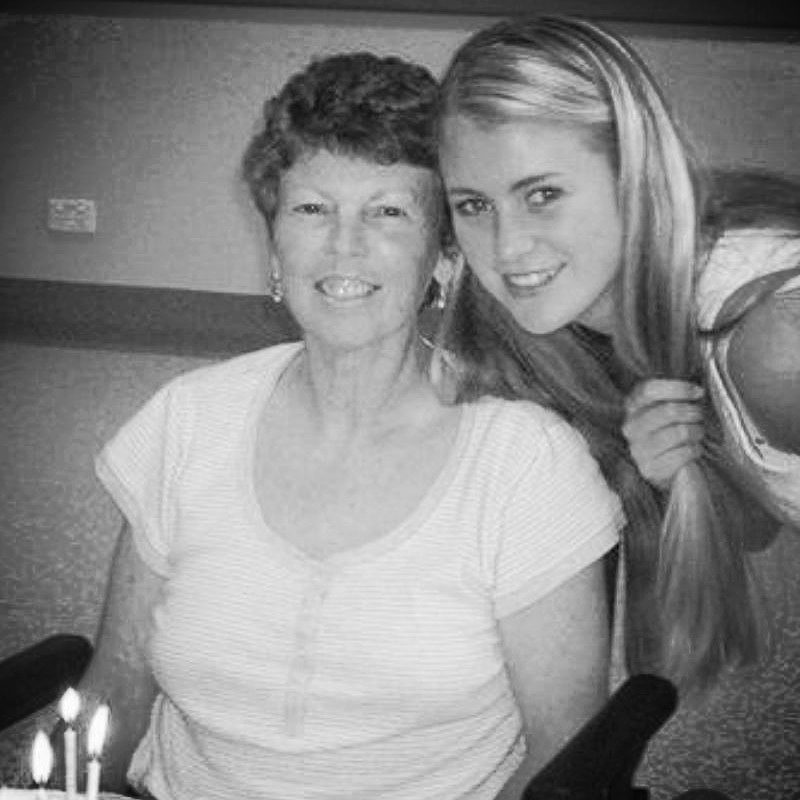 Beau and her late mother.(PHOTO: Provided)