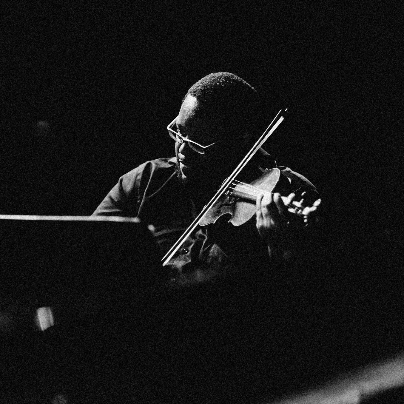 Kevin Chaney, Violin