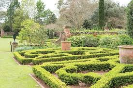 Long Vue Gardens