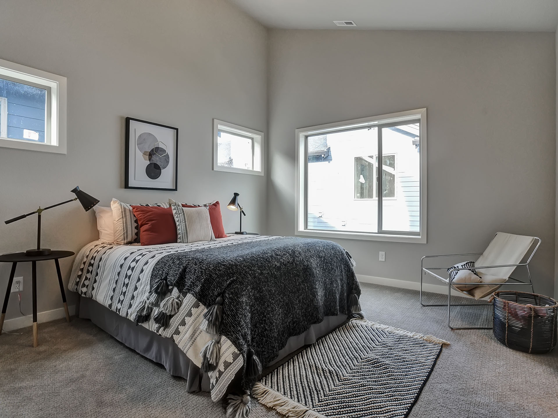 OWN IT… on 42nd Avenue in NE Portland. - Townhouse style condos3 beds/2.5 baths*1,430 square feet*Fantastic location, Low HOAs$475,000Available Now - Occupancy March 2019