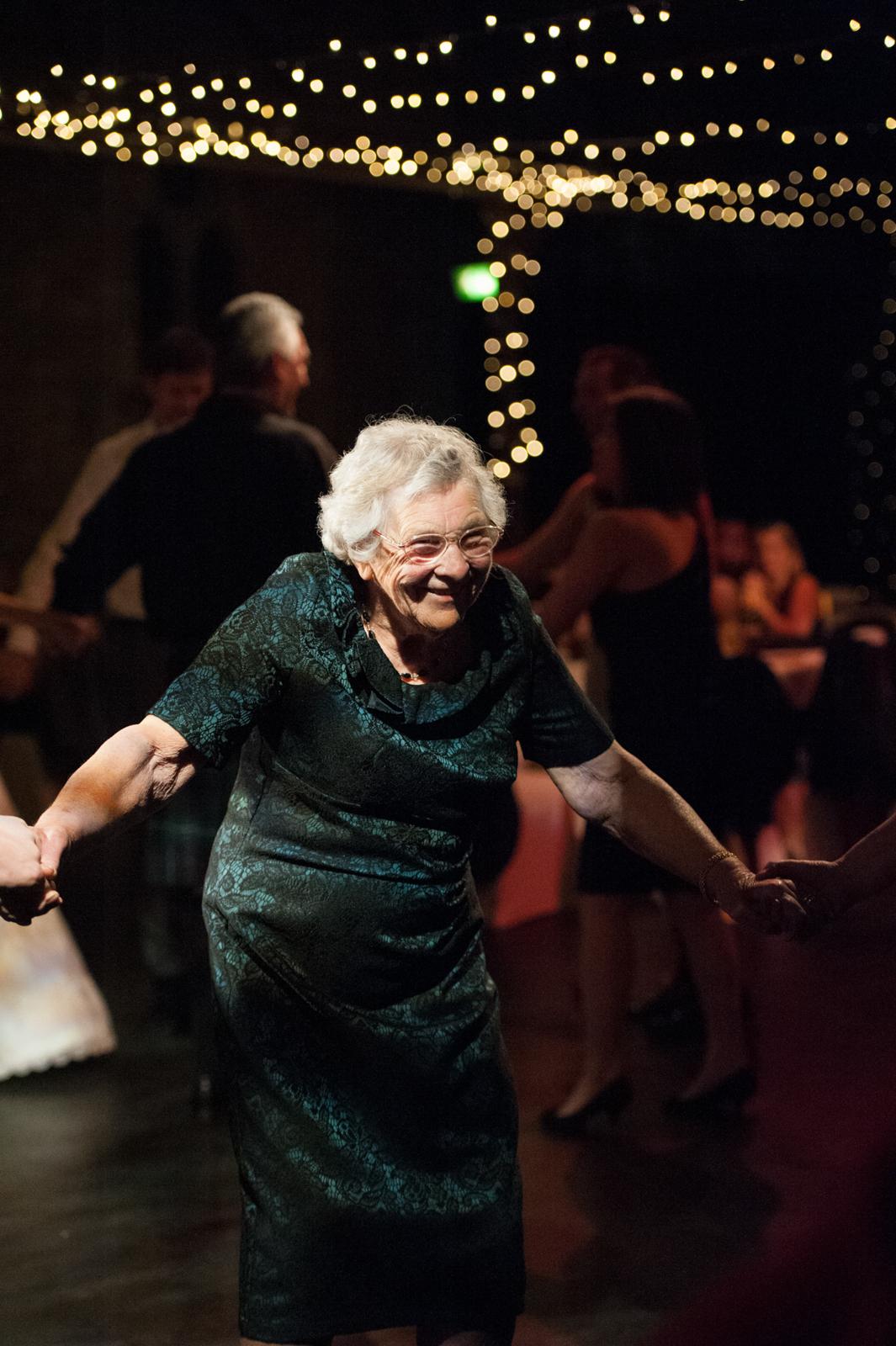 dancing-wedding-granny-cottiers-glasgow.jpg