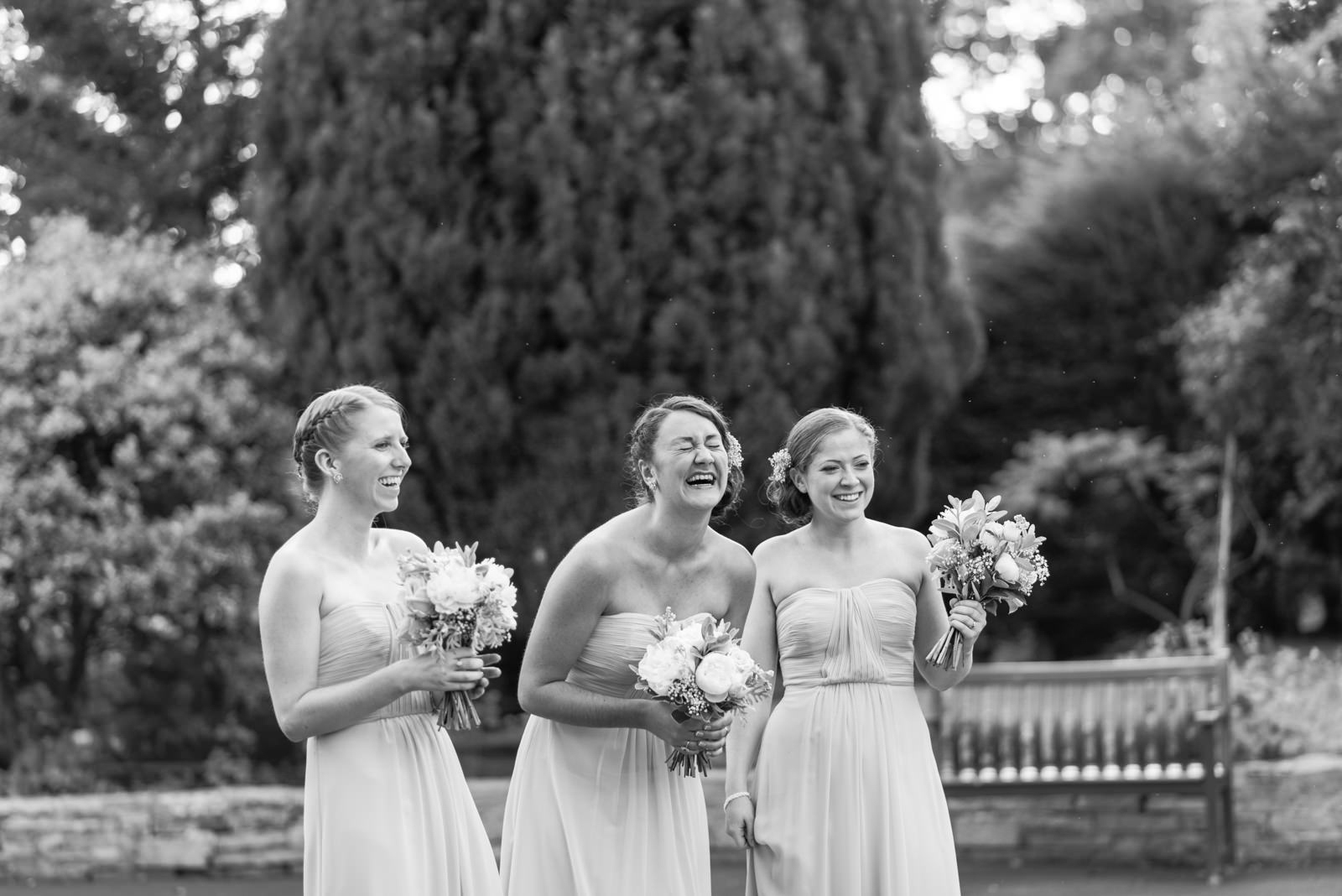 bridesmaids-fun-scottish-wedding-glasgow-scotland(1).jpg
