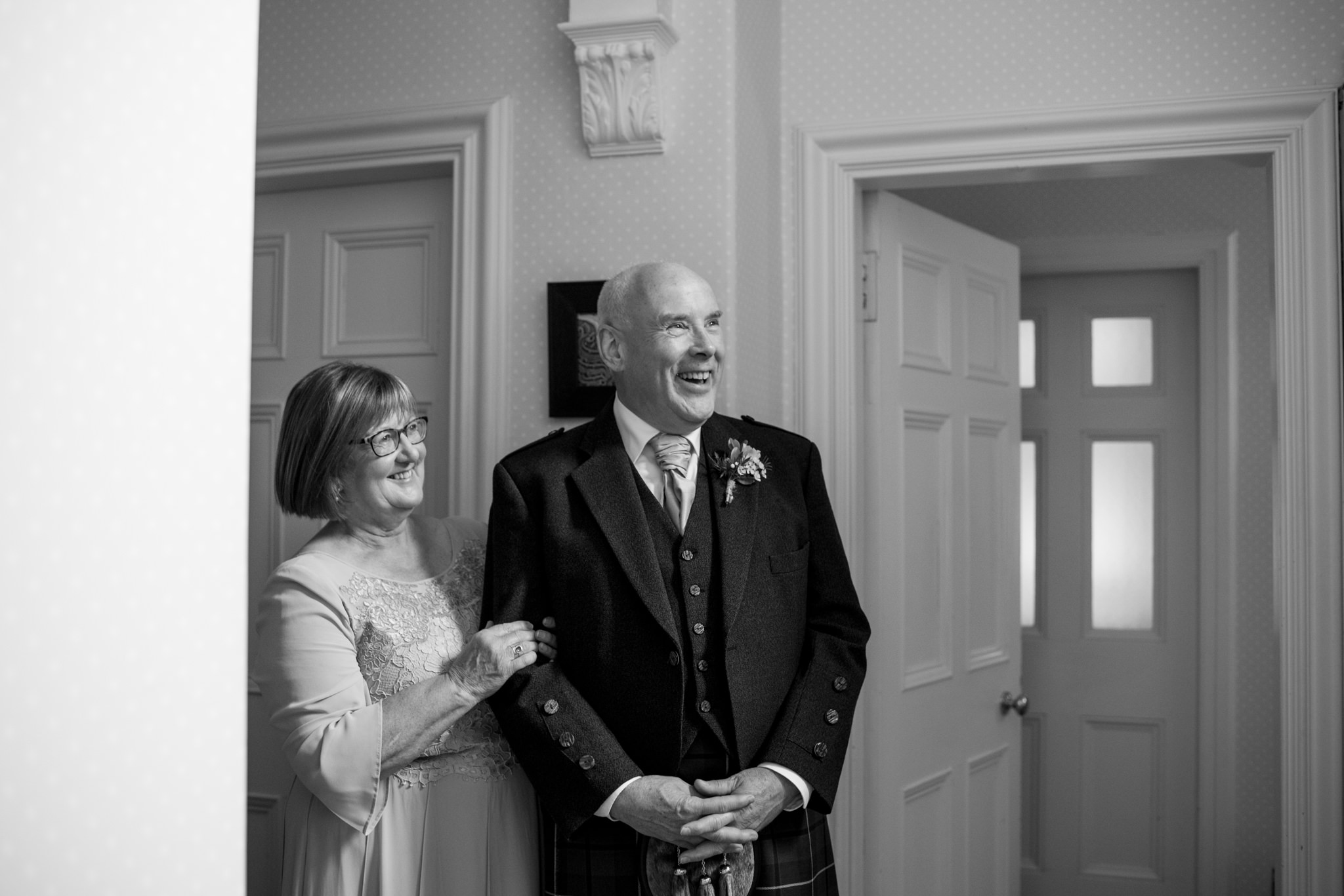 Hollie and Tom's wedding at Gean House © Julie Broadfoot // Juliebee - www.photographybyjuliebee.co.uk