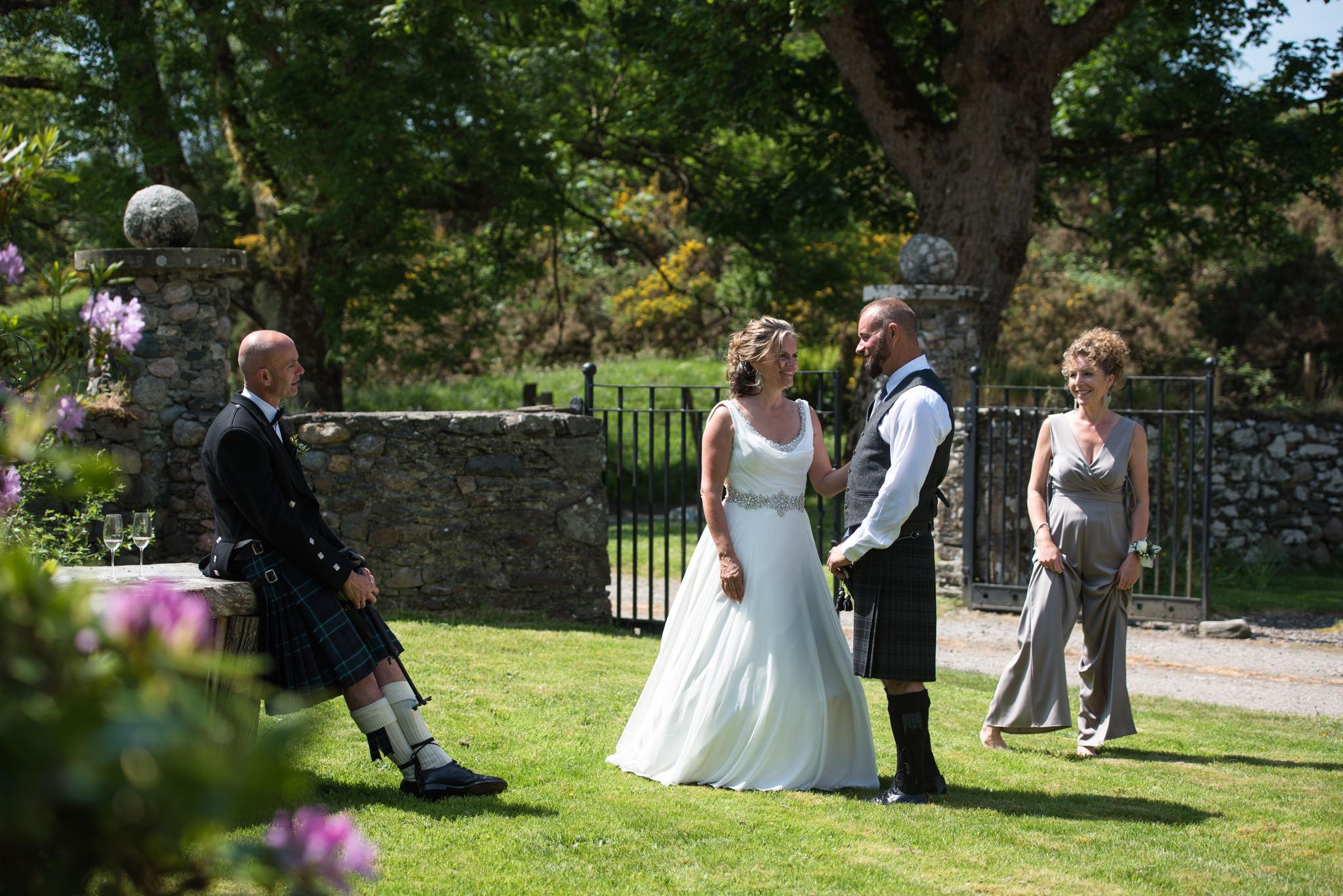 Amanda and Scott - wedding - Balcardine Castle - ©Julie Broadfoot - www.photographybyjuliebee.co.uk