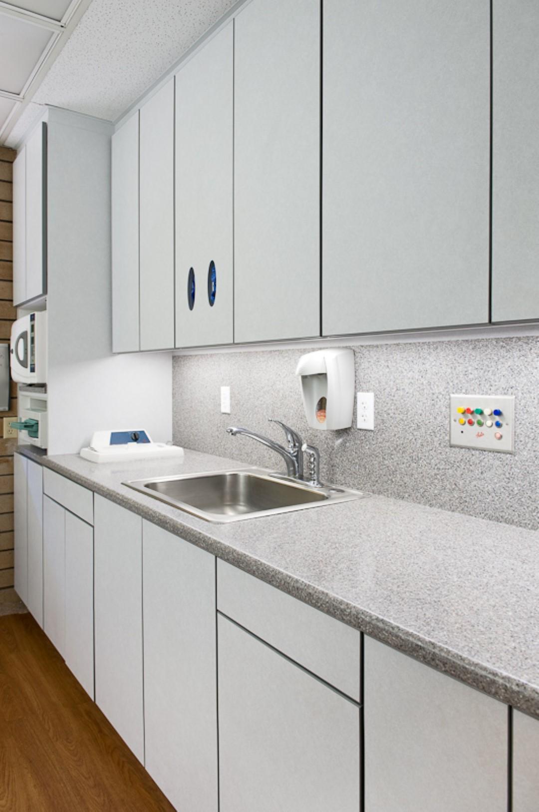 Cabinets-1002 (Large).jpg