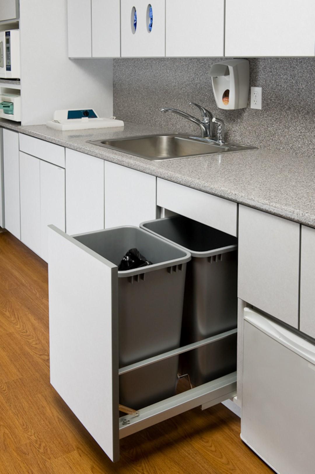 Cabinets-1007 (Large).jpg