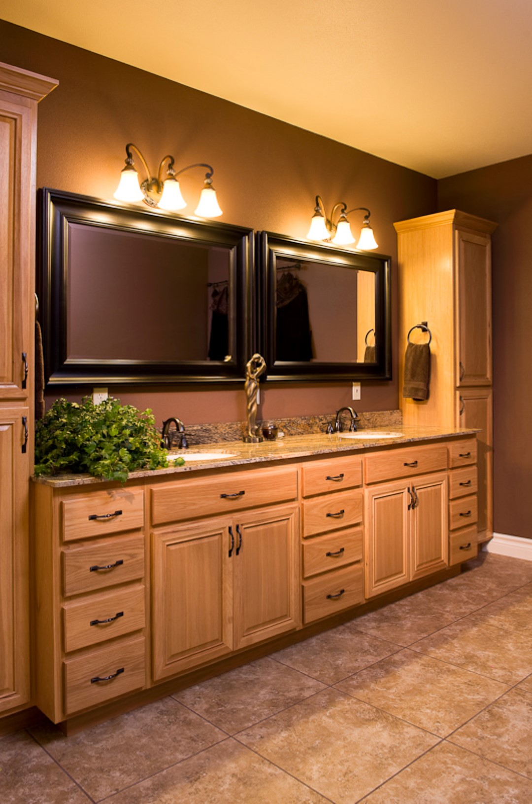 Cabinets-1016 (Large).jpg