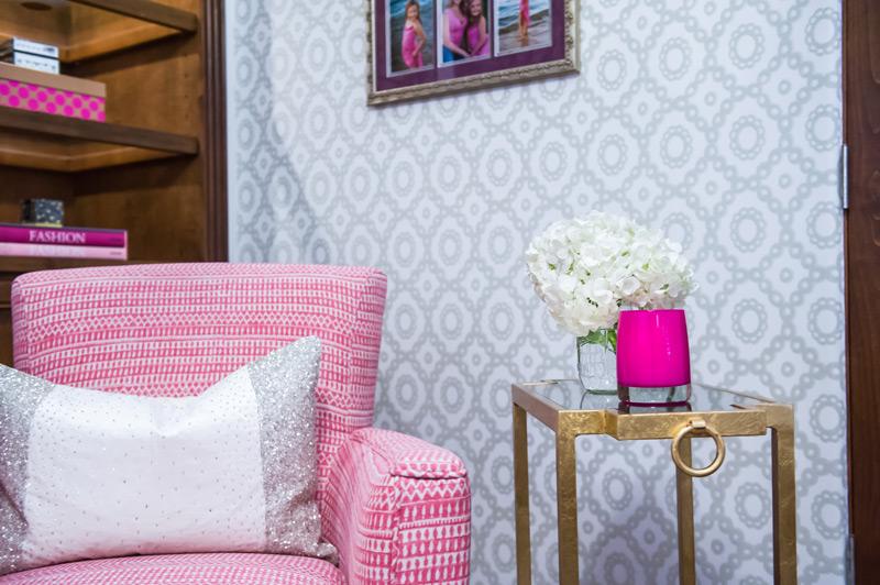 pink-glitter-glam-scottsdale-office.jpg