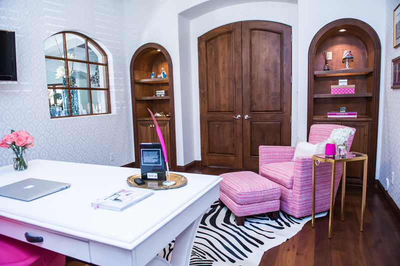 pink-and-zebra-glam-scottsdale-office.jpg